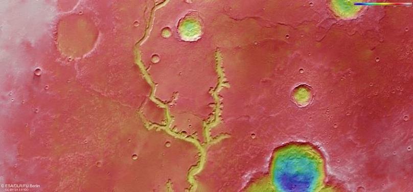 Uzay Ajansı Mars'ta kurumuş bir nehrin fotografını yayınladı...