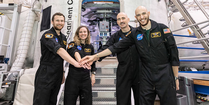 Analog Crew Returns After 45 Day Mission Simulation
